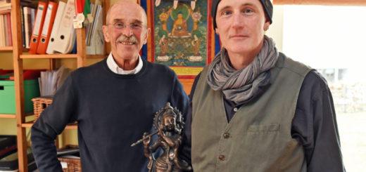 Hans und Clemens Hütte engagieren sich mit ihrem Hilfsprojekt in Indien. Foto: Schlie