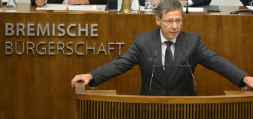 """Bürgermeister Carsten Sieling (SPD) nannte die Einigung zum Länderfinanzausgleich bei seiner Regierungserklärung """"historisch"""". Foto: Presse Bremische Bürgerschaft"""