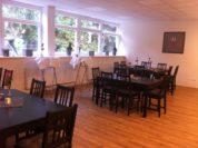 Der leere Gastraum des neuen Cafés in Huchting.