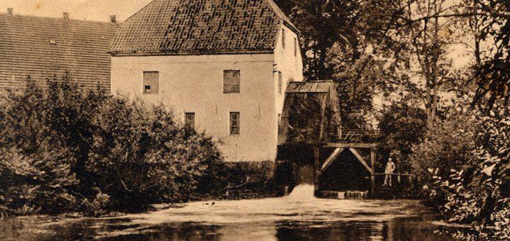 Die Rückseite der Wassermühle als Motiv einer Postkarte aus dem frühen 20. Jahrhundert. Foto: Sammlung Garbas
