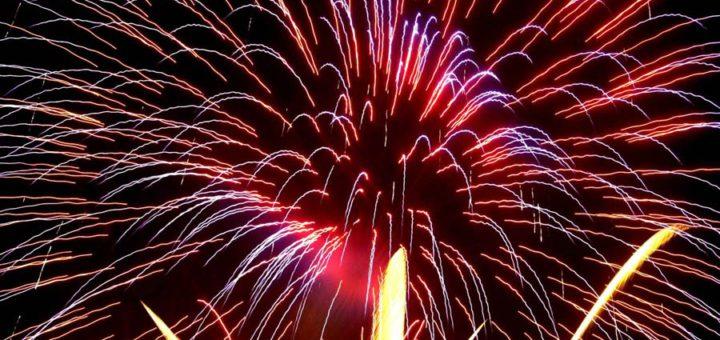 Das Feuerwerk beim Laternenumzug des Bürgerhauses Obervieland soll nun doch stattfinden. Foto: WR