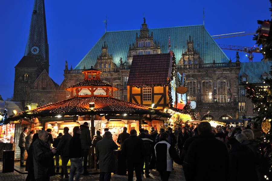 Bremen Weihnachtsmarkt.Privater Sicherheitsdienst Auf Dem Weihnachtsmarkt
