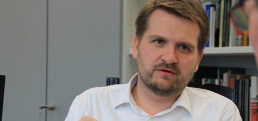 Burglesums Ortsamtsleiter Florian Boehlke im Gespräch mit dem Weser Report. Foto: Füller