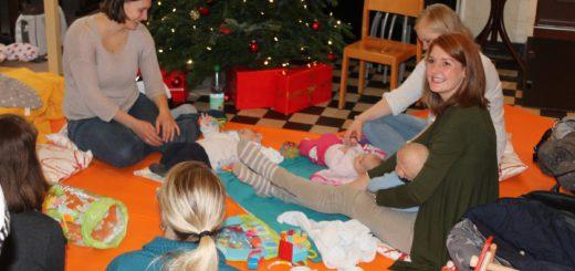 Junge Mütter und ihre Babys im Café Kinderwagen im Mehr-Generationen-Haus Brinkum. Dort sollen Eltern sich austauschen können und Ratschläge erhalten. Das Projekt in der Gemeinde Stuhr ist das erste dieser Art im Landkreis Diepholz. Foto: lod