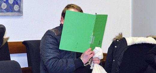 Der Beschuldigte im Verdener Landgericht am Dienstag. Foto: Sieler