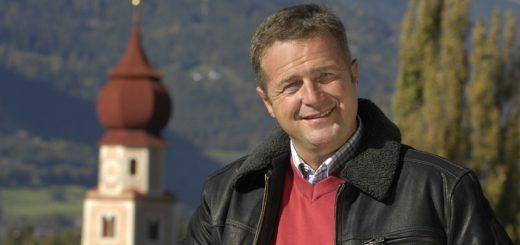 """Norbert Rier ist Frontmann der """"Kastelruther Spatzen"""". Am Montag, 16. Januar, 20 Uhr, gastiert er mit seinen Kollegen im Bremer Musical Theater. Tickets gibt's unter 35 36 37. Foto: red"""