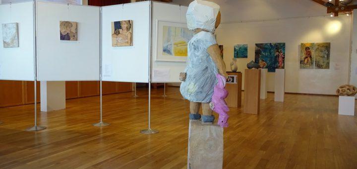 """Exponate der 23. Ausschreibung """"Kunst im Bürgerhaus"""" Foto: pv"""
