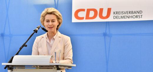 Ursula von der leyen bei ihrer Rede in Delmenhorst.