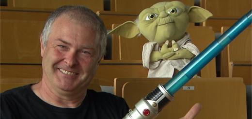 Wie funktioniert eigentlich ein Lichtschwert? Fragen wie diese beantwortet Dr. Hubert Zitt am Mittwoch in Bremen.Foto: pv