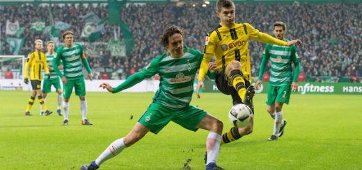 Werders Winterneuzugang Thomas Delaney (l.) legte gegen Dortmund ein gutes Debüt hin. Foto: Nordphoto