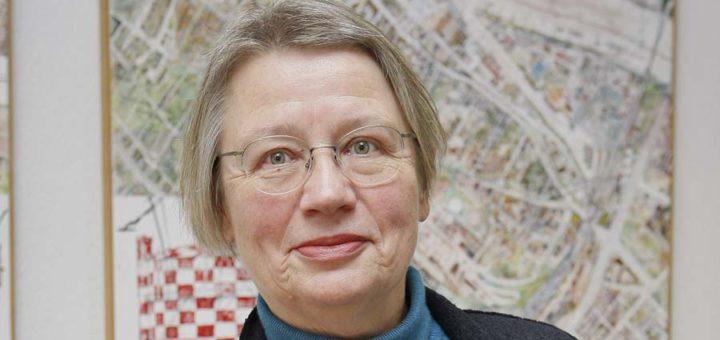 Annemarie Czichon leitet das Ortsamt Neustadt/Woltmershausen. Foto: Barth