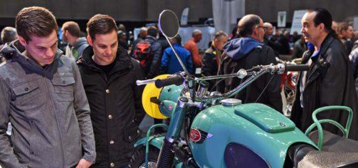 Bremen Classic Motorshow verzeichnet in diesem Jahr einen Besucher-Andrang. Foto: Schlie