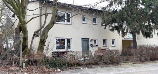 Unter anderem die Siedlung an der Holsteiner Straße soll abgerissen werden. Foto: Schlie