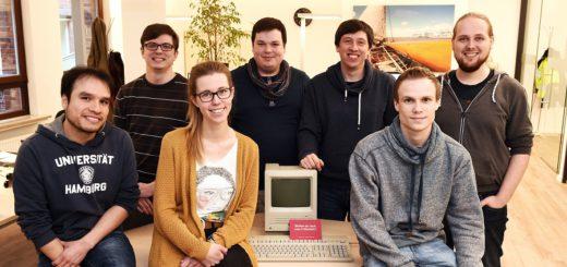 """Die Macher von """"Daily Marmelade"""" kennen sich noch aus der Schulzeit. Die Idee für ihr Unternehmen entstand am WG-Tisch. Foto: Schlie"""