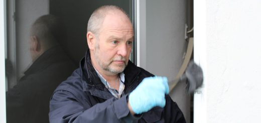 Peter Klug ist Spurensicherer bei der Polizei Bremen. Foto: Füller