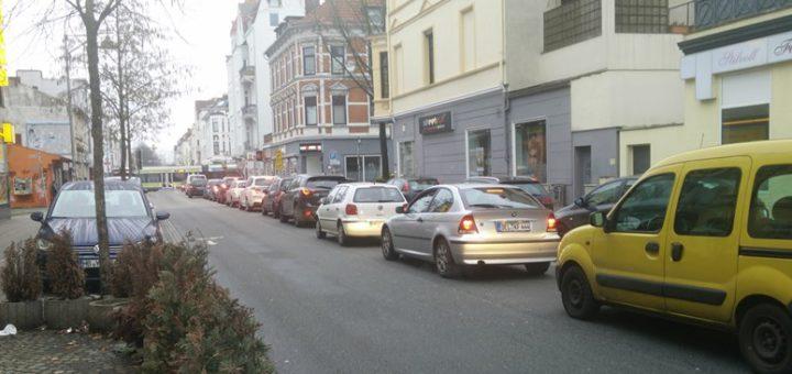 In der Neustadt, wie hier in der Pappelstraße, staut sich der Verkehr. Foto: sn