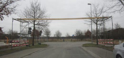 Waghalsige Konstruktionen wie diese wurden auf Anordnung der Polizei demontiert. Foto: Polizei