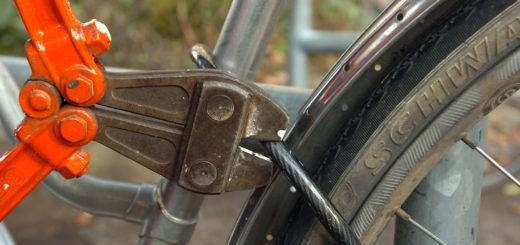 Durchaus unterschiedlich gut gesichert waren die Räder am Achimer Bahnhof am Samstag. Allzu leicht sollten die Schlösser besser nicht zu knacken sein.Symbolfoto: WR