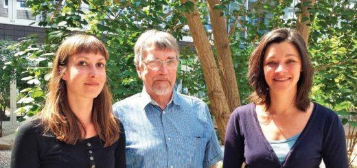 """Arbeiten gemeinsam am Projekt """"Mobil im Alter"""": Ulrike Gerhard (v.l.), Herbert Kubicek und Juliane Jarke. Foto: pv"""