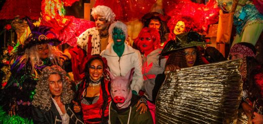 Bremer Fabelwesen feiern die Walpurgisnacht. Foto: Jochen Funk