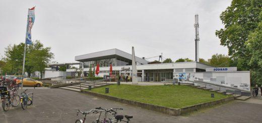 Das Südbad in der Neustadt wird während der Sommerferien umfangreich saniert. Foto: Barth