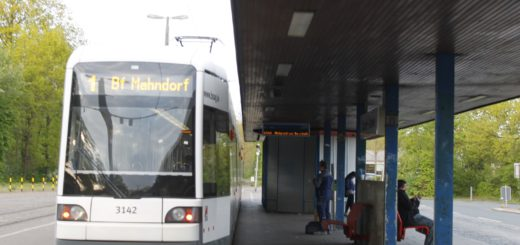 Noch endet und startet Linie 1 am Roland-Center in Huchting