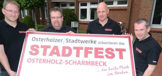 Haben die Planungen für das 26. Stadtfest fast abgeschlossen: Sebastian Dippe, Tim Schwarzrock, Frank Wätjen und Thomas Rühl (von links). Foto: Bosse