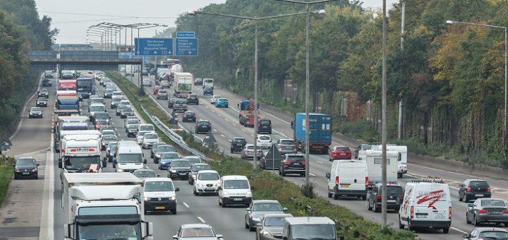 Bundesweit ist ab Mittwoch auf den Autobahnen mit Staus zu rechnen.Foto: ADAC/Stefan Kiefer