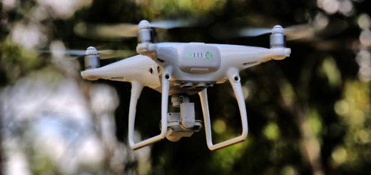 Für Drohnenpiloten gelten strenge Regeln. Foto: pixabay