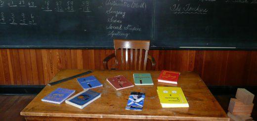Mit dem Versprechen, dass sie weniger unterrichten müssen, will unter anderem die SPD Lehrer nach Bremen locken. Foto: Pixabay