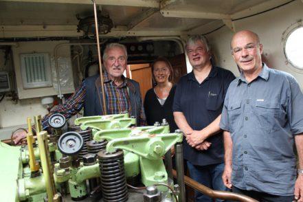 Wollen die Maschine wieder zum Laufen bringen: Gerald Sammet, Aenne Sammet, Thomas Rutka und Warnke Christoffers vom MTV Nautlius. Foto: Harm