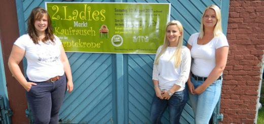 """Alena Rotthege, Nadine Baumann und Catharina Sander (v.l.) sind drei der insgesamt sechs Organisatoren des """"Ladies Markts"""". Foto: Bosse"""