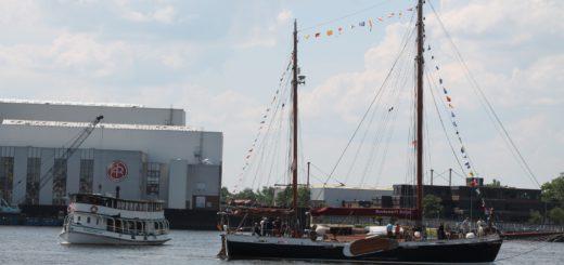 Kostenlose Schiffsrundfahrten, viel Musik und ein Familienprogramm – das Vegesacker Hafenfest geht vom 9. bis 11. Juni in seine 38. Runde. Foto: av
