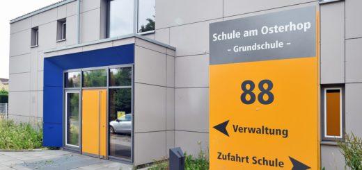 """An der Grundschule beginnt nach den Ferien, neben zwei anderen Schulen im Ortsteil Hemelingen, das Förderprogramm """"Mitsprache"""". Foto: Schlie"""