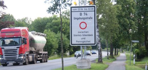 Für eine Fahrbahnsanierung wird die B 74 zwischen Lintel und Pennigbüttel komplett gesperrt. Umleitungen werden weiträumig ausgeschildert. Foto: Möller