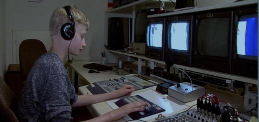 """Ralph Ellmers aus Stuhr filmt und produziert schon seit Jahren eigene Filme - viele preisgekrönt. Künftig sollen in der Medienwerkstatt Stuhr alle 13- bis 18-Jährigen Jugendliche n die Chance bekommen, mit """"Teen TV"""" ihr eigenes Fernsehprogramm zu erstellen. Foto: pv"""