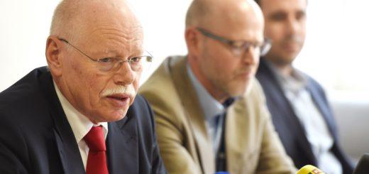 X2 Ulrich Mäurer Pressekonferenz 3sp 4c. foto: Schlie