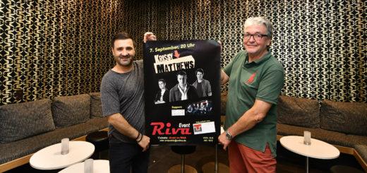 Gastronom Tarik Cirdi und Veranstalter Dieter Freese feuen sich auf die Fortsetzung der Konzertreihe im Riva Event.Foto: Konczak