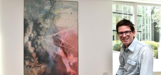 Die Werke des in Berlin lebenden Künstlern erinnern durch die Staffelung des Raumes an asiatische Drucke.Foto: Konczak