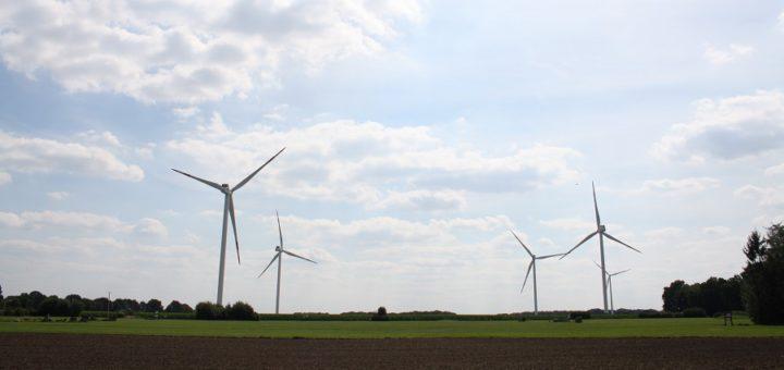 """Die Mitarbeiter der Kreisverwaltung laden zu einer öffentlichen Informationsveranstaltung zum Thema """"Windenergie"""" ein. Die meisten Windräder stehen zurzeit in Dötlingen. Foto: nba"""