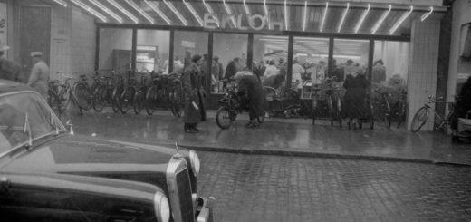Im Eklöh-Supermarkt herrscht Hochbetrieb. Bildvorlage: Stadtarchiv Delmenhorst, Fotonachlass Kunde
