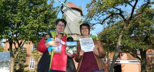 Kinderbuchautorin Christiane Kerner (rechts) freut sich, dass Petra Diegner, Vorsitzende des Bürgervereins, ihr die Mühle von Rönn für eine Lesung zur Verfügung stellt. Foto: Bosse