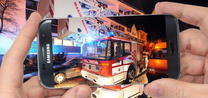 Gaffer behindern Rettungskräfte