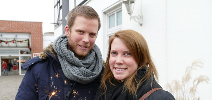 Michel Lange und Nina Schobe freuen sich auf ihr erstes Silvester in Achim. Foto: Beinke