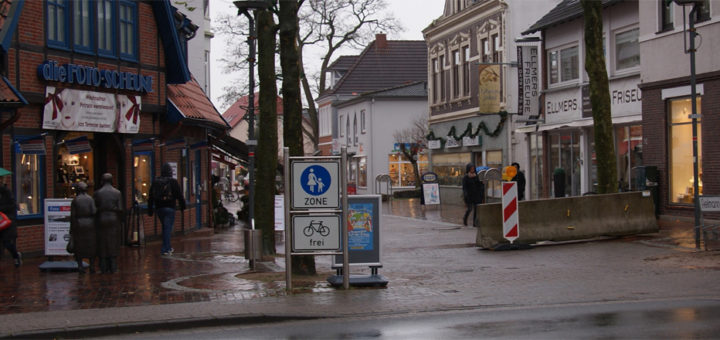 Der CDU-Kommunalpolitiker Stefan Haake wünscht sich eine Öffnung der Kirchenstraße für den motorisierten Individualverkehr. Foto: Möller