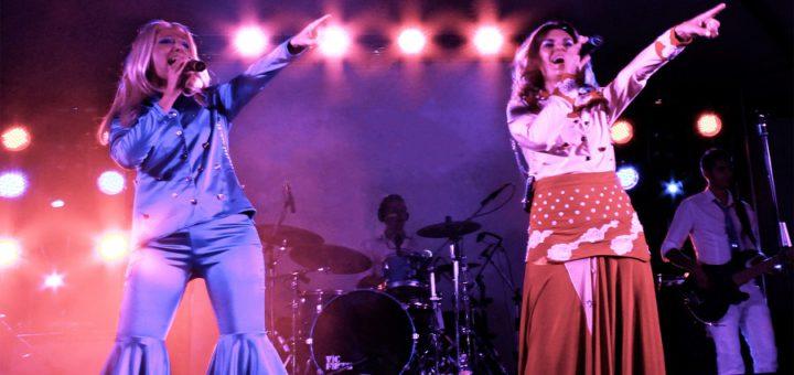 Das Ensemble der ABBA-Tribute-Show möchte in Delmenhorst die großen Hits der Gruppe detailgetreu und live präsentieren. Foto: ABBA Tribute/Resetproduction