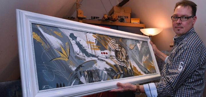 Im Jahr 2005 hat Karsten Franz seine Liebe zur Malerei wiederentdeckt. Seitdem sind mehr als 100 Werke entstanden.Foto: Konczak