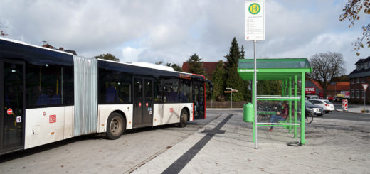 Kreisverdener müssen sich ab heute auf neue Fahrpläne einstellen – alle Buspläne stehen online unter Allerreport.de verfügbar. Foto: Bruns