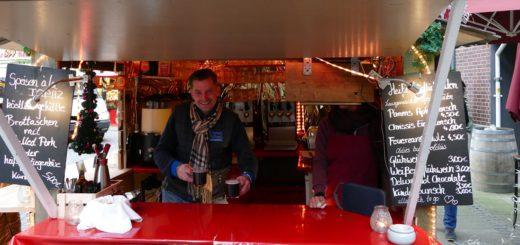 Christoph Alt fordert längere Öffnunsgzeiten für Getränkestände auf dem Weihnachtsmarkt. Foto: Raddatz