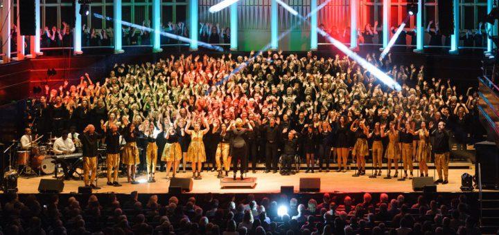 Für das Chor-Projekt können sich erfahrene aber auch unerfahrene Sänger melden. Foto: pv